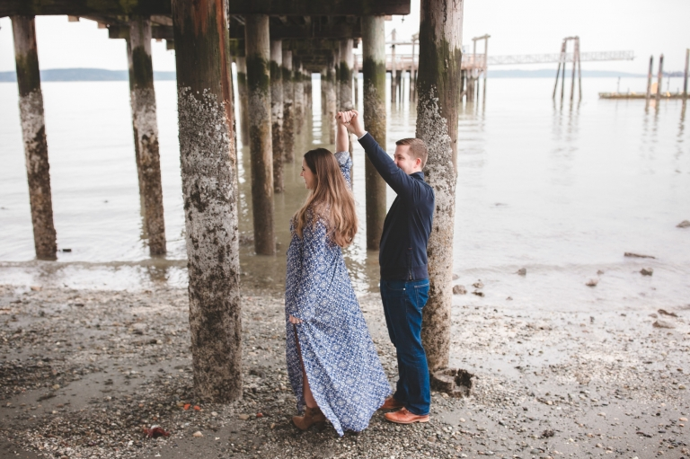 tacoma waterfront maternity session | puyallup maternity photographer